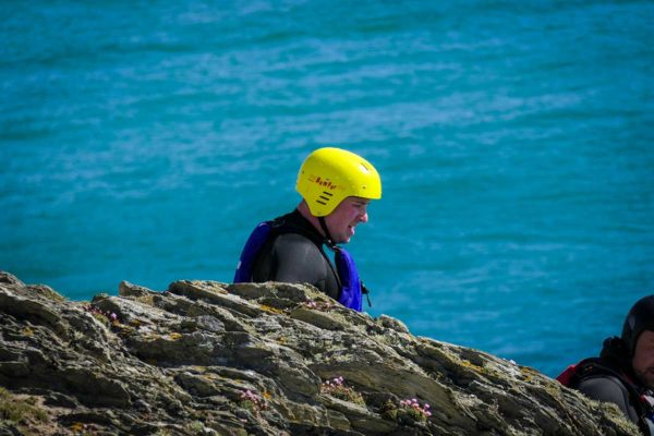 coasteering-cornwall-king-coasteer-image-11