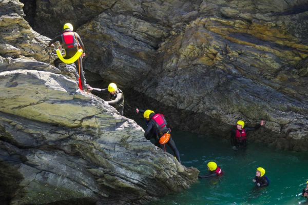 coasteering-cornwall-king-coasteer-image-12